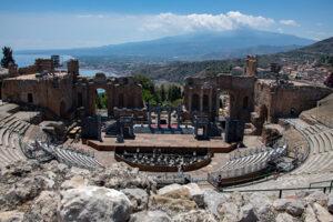 Blick vom Theater in Taormina