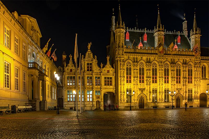 Am Platz Burg siehst Du die Basilika