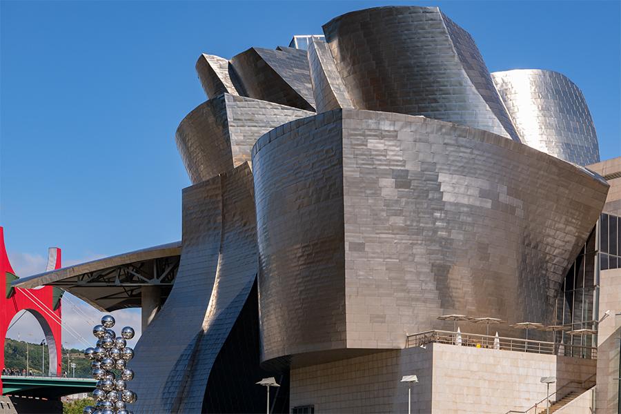 Das Guggenheim Museum in Bilbao ist ein Highlight