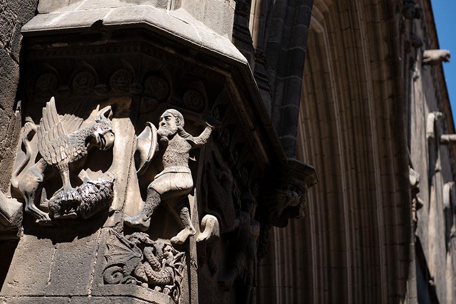 Im gotischischen Viertel von Barcelona an der alten kathedrale