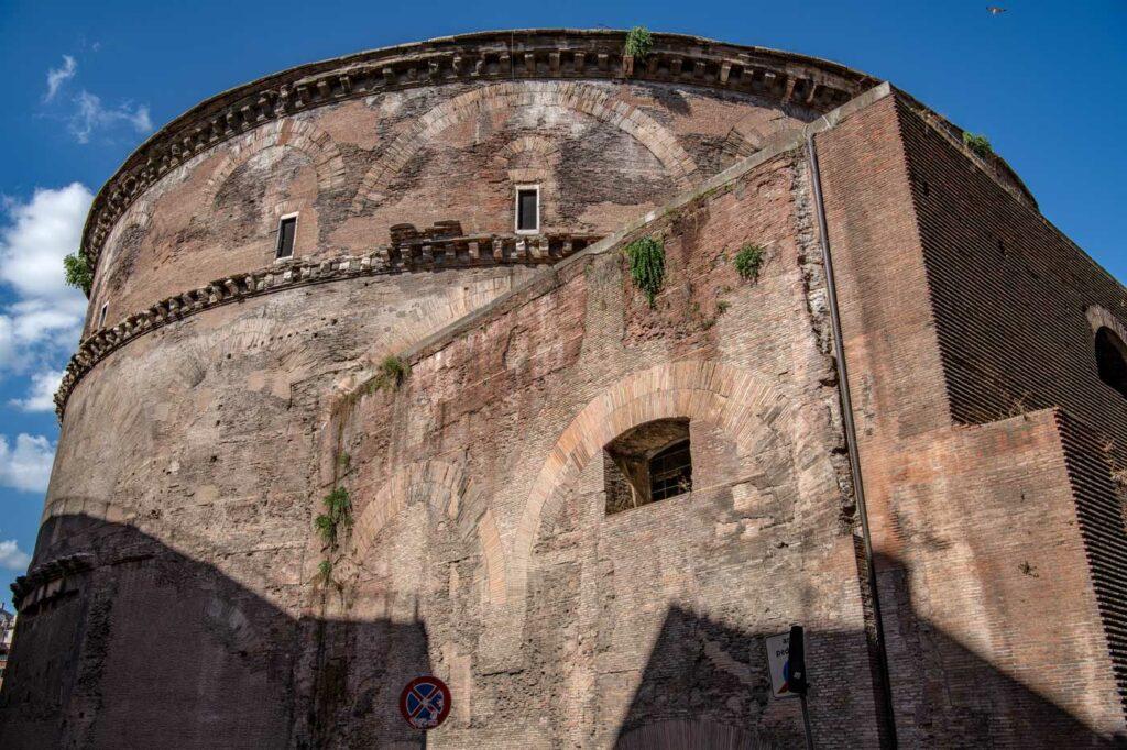 Pantheon ansicht von der seite