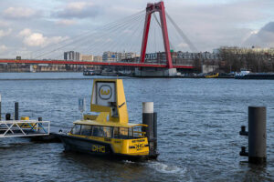 Wassertaxis sind ein wichtiges Transportmittel in Rotterdam 1